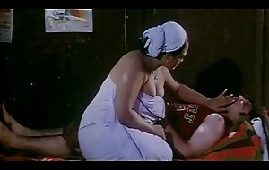 Hot mallu shakeela seducing youthful boy