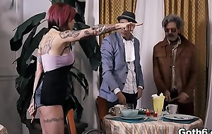 Sexy redhead babe Anna Bell Peaks bangs with an old man